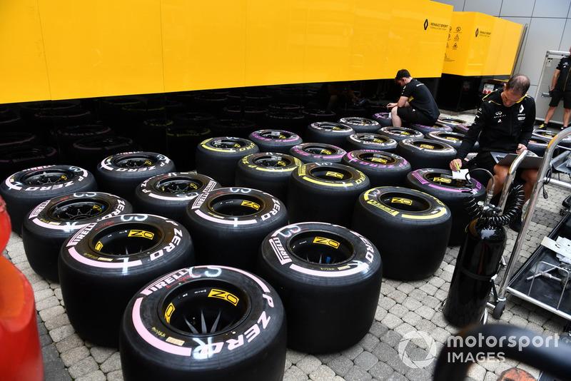 Les pneus Pirelli de l'équipe Renault Sport F1 Team