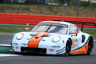 #86 Gulf Racing Porsche 911 RSR: Michael Wainwright, Benjamin Barker, Alex Davison