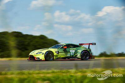 Aston Martin renk düzeni tanıtımı