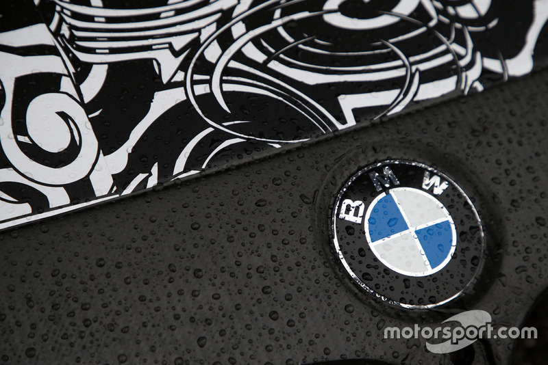 Тести BMW M4 DTM з дволітровим двмгуном