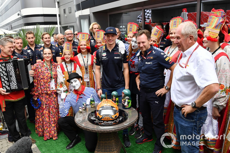 Max Verstappen, Red Bull Racing celebrates his Birthday with Christian Horner, Red Bull Racing Team Principal, Dr Helmut Marko, Red Bull Motorsport Consultant