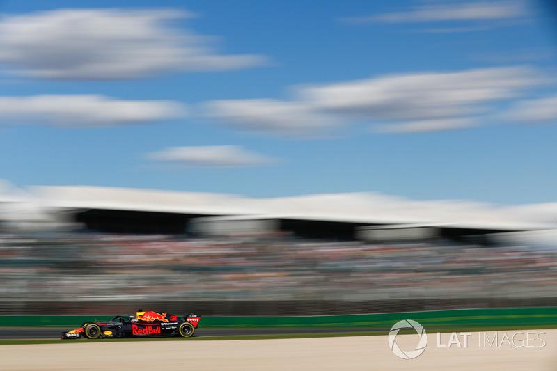 8. Daniel Ricciardo, Red Bull Racing RB14 *
