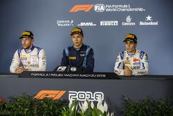 Conférence de presse : le vainqueur Alexander Albon, DAMS, le deuxième, Luca Ghiotto, Campos Racing, le troisième, Sergio Sette Camara, Carlin