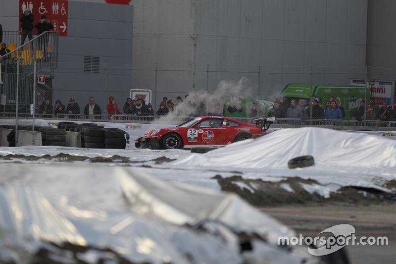 Аварія Джамарко Куресміні, Porsche 911 GT3 Cup, Dinamic Motorsport