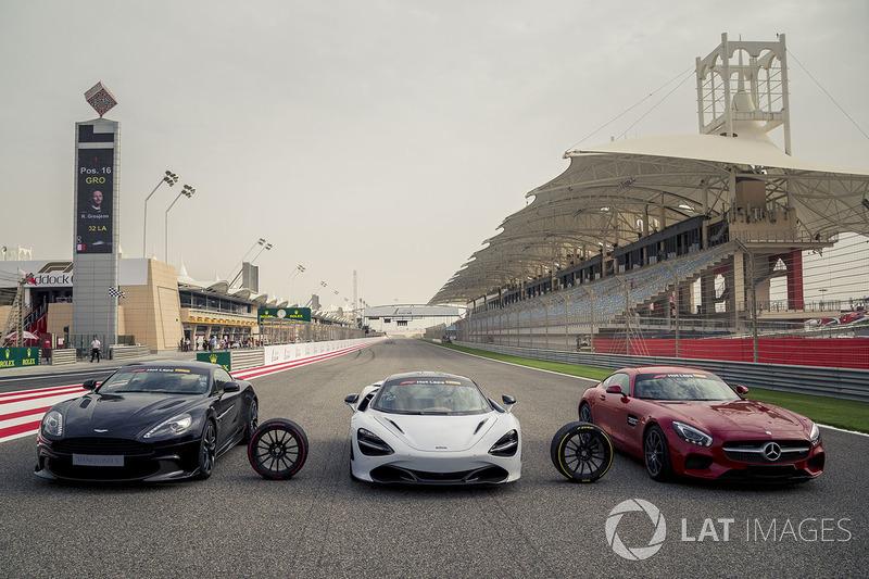 Pirelli Hot Laps coches en la parrilla