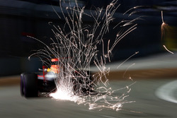 Funkenflug: Daniel Ricciardo, Red Bull Racing RB12
