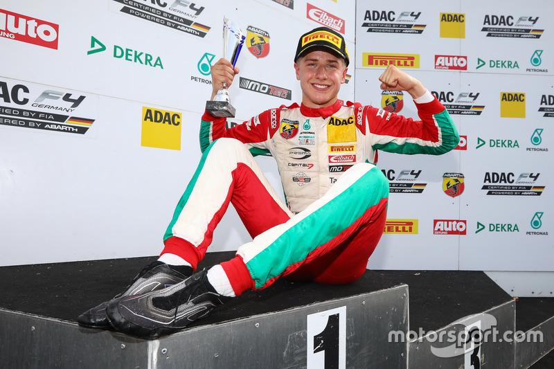 Formel 4 Deutschland: Jüri Vips (Estland)