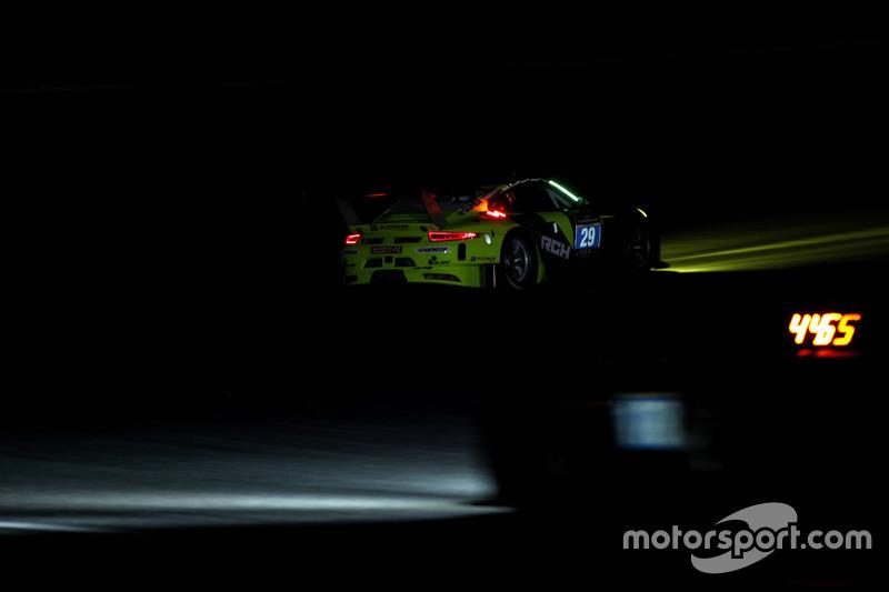 #29 Forch Racing powered by Olimp Porsche 991 GT3 R: Robert Lukas, Marcin Jedlinski, Wolf Henzler, S