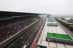 Rennstart beim GP China in Shanghai