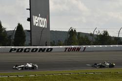 Helio Castroneves, Team Penske Chevrolet, Ed Carpenter, Ed Carpenter Racing Chevrolet