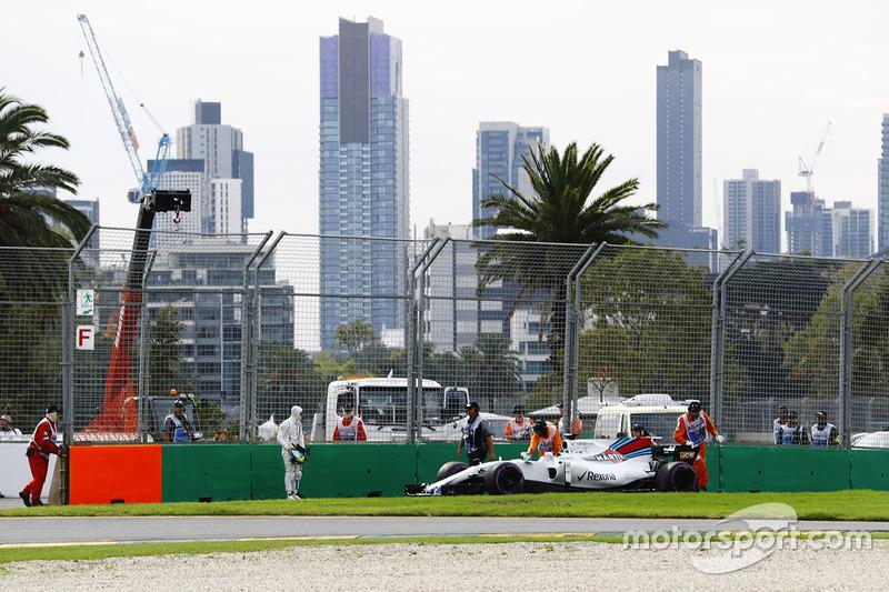 Felipe Massa, Williams FW40, bleibt mit einem technischen Problem auf der Strecke stehen
