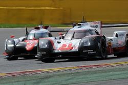 #1 Porsche Team, Porsche 919 Hybrid: Neel Jani, Andre Lotterer, Nick Tandy; #7 Toyota Gazoo Racing, Toyota TS050 Hybrid: Mike Conway, Kamui Kobayashi