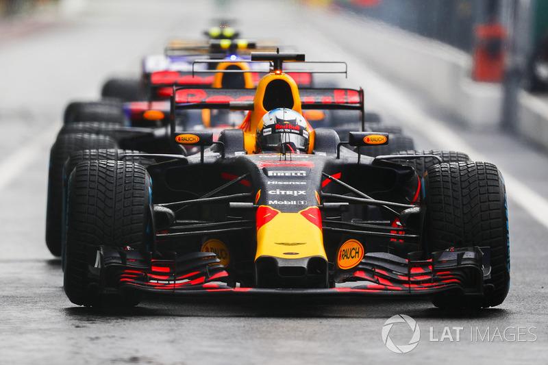 16: Daniel Ricciardo, Red Bull Racing RB13 (termasuk penalti 25 grid)
