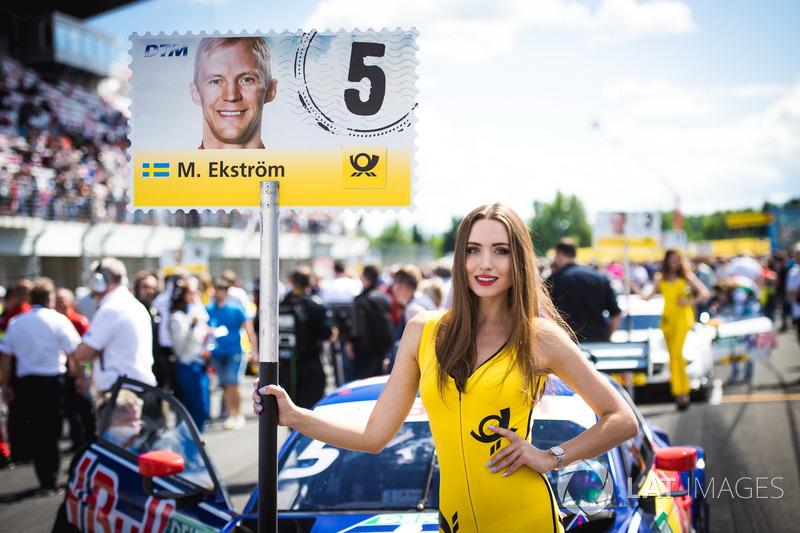 Chica de la parrilla de Mattias Ekström, Audi Sport Team Abt Sportsline, Audi A5 DTM