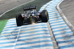Искры из-под машины Нико Хюлькенберга, Sahara Force India F1 VJM09