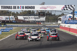 Start: Norbert Michelisz, Honda Racing Team JAS, Honda Civic WTCC leidt