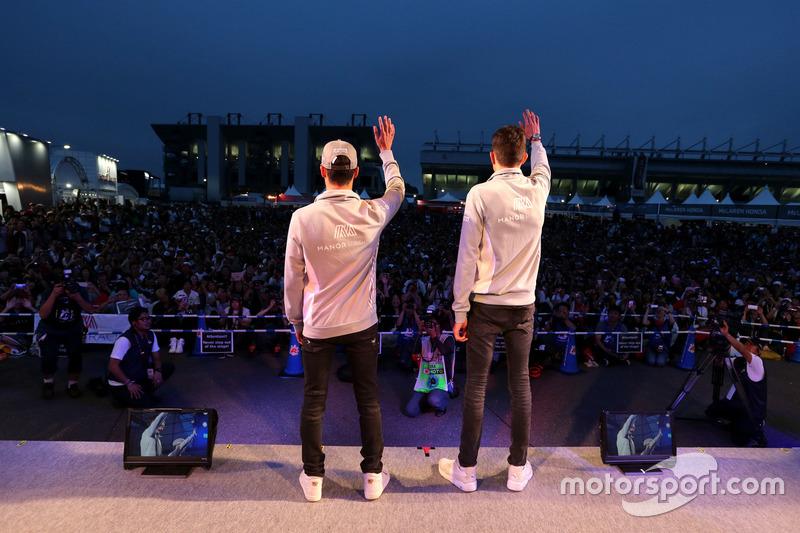 Esteban Ocon, Manor Racing and Pascal Wehrlein, Manor Racing