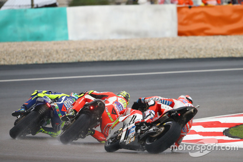 Valentino Rossi, Yamaha Factory Racing, Andrea Dovizioso, Ducati Team, Andrea Iannone, Ducati Team, Malaysian MotoGP 2016