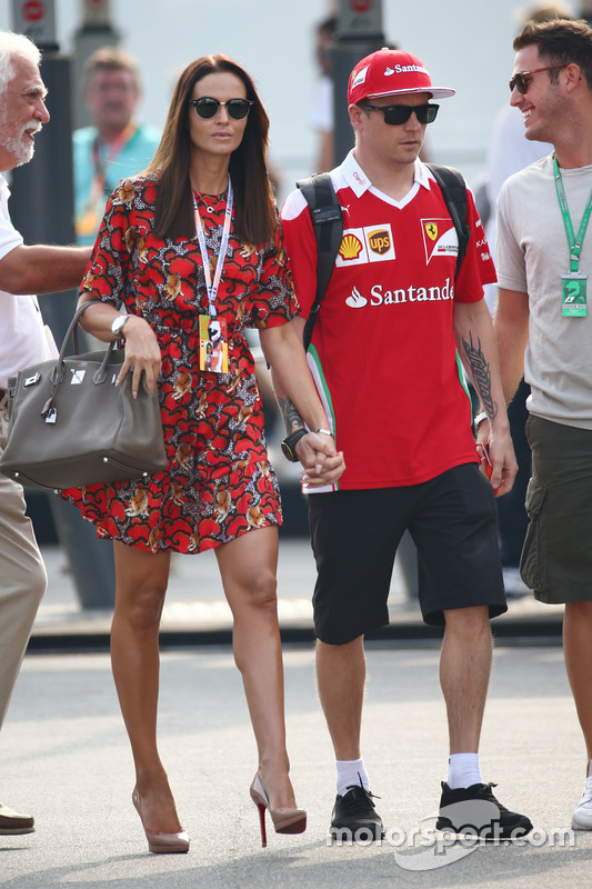 Kimi Raikkonen, Ferrari with his wife Minttu Raikkonen,