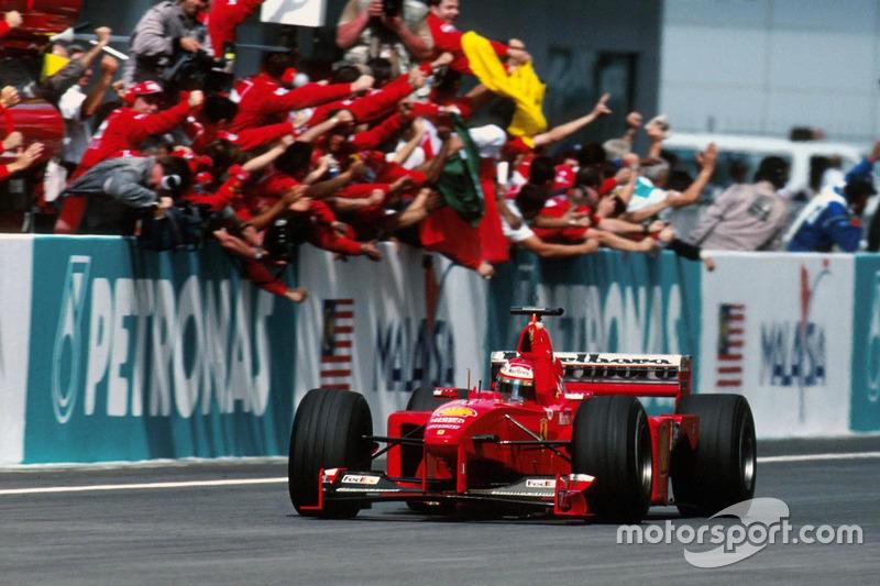 1999 : Eddie Irvine, Ferrari F399