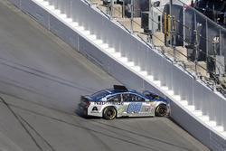 Crash: Dale Earnhardt Jr., Hendrick Motorsports Chevrolet