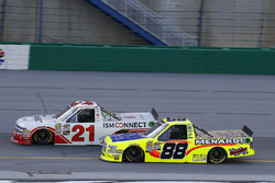 Johnny Sauter, GMS Racing, Chevrolet Silverado ISM Connect and Matt Crafton, ThorSport Racing, Ford F-150 Rip It/ Menards