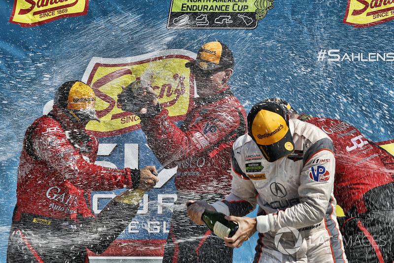 #99 JDC/Miller Motorsports ORECA 07, P: Stephen Simpson, Mikhail Goikhberg, Chris Miller, #6 Acura Team Penske Acura DPi, P: Dane Cameron, Juan Pablo Montoya, podio, champagne