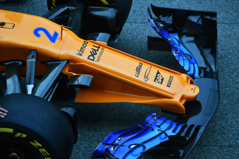 McLaren MCL33, dettaglio del naso e dell'ala anteriore