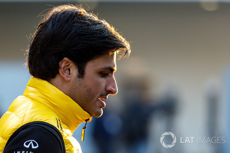 "8/7. <img src=""https://cdn-9.motorsport.com/static/img/cfp/0/0/0/100/199/s3/spain-2.jpg"" alt="""" width=""20"" height=""12""/> Карлос Сайнс, STR/Renault – 49"