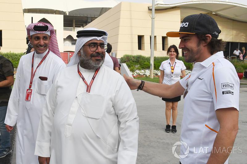 Fernando Alonso, McLaren and Abdallah Al Khalifa, Private Secretary to Crown Prince Shaikh Salman bin Hamad Al Khalifa