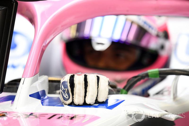 Un gant de Sergio Perez, Force India VJM11