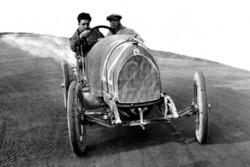 Enzo Ferrari ve mekanikeri Nino Berretta, 15-20 HP CMN