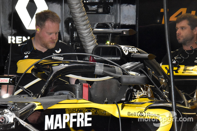 Renault Sport F1 Team RS 18 halo-mounted mirrors