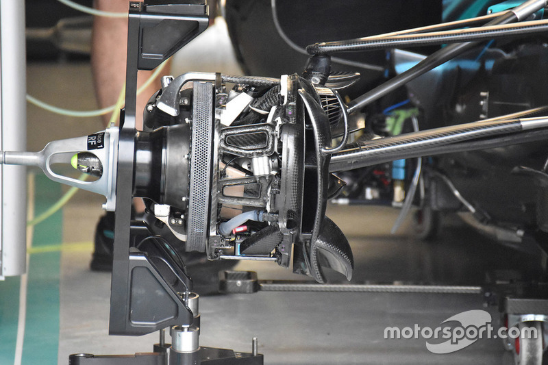 Mercedes AMG F1 W09 brake assembly