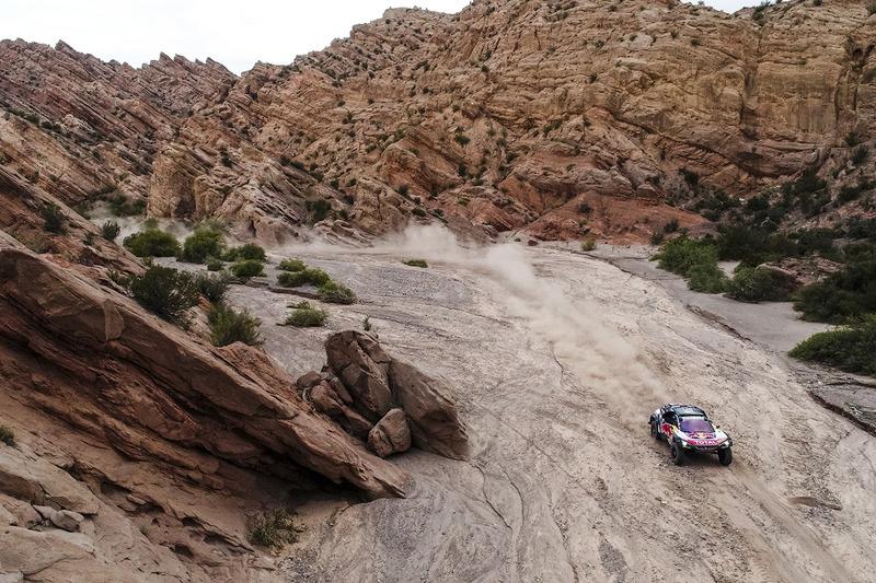 Карлос Сайнс и Лукас Крус, Peugeot Sport, Peugeot 3008 DKR