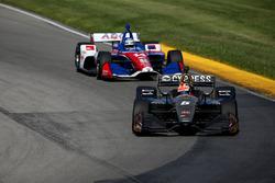 Tony Kanaan, A.J. Foyt Enterprises Chevrolet, James Hinchcliffe, Schmidt Peterson Motorsports Honda