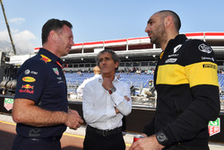 Christian Horner, Red Bull Racing Team Principal, Alain Prost, Renault Sport F1 Team Special Advisor and Cyril Abiteboul, Renault Sport F1 Managing Director