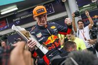 Racwinnaar Max Verstappen, Red Bull Racing viert feest