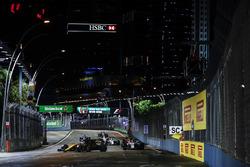 Jolyon Palmer, Renault Sport F1 Team RS17, Lance Stroll, Williams FW40
