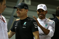 Valtteri Bottas, Mercedes AMG F1 and Lewis Hamilton, Mercedes AMG F1 celebrate