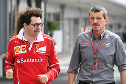Mattia Binotto, Chief Technical Officer Ferrari e Guenther Steiner, Team Principal Haas F1