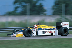 日本GPでデモ走行が行われる予定のFW11