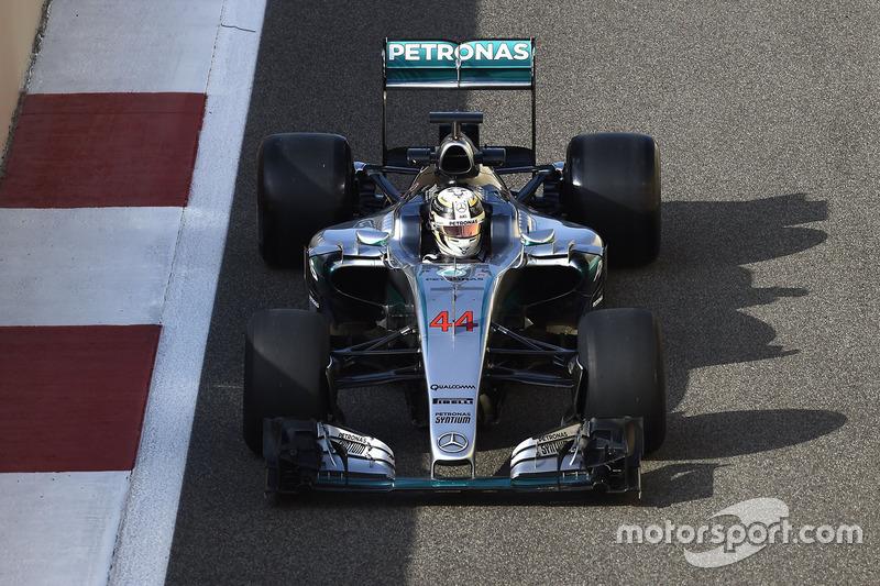 50 kilómetros: Lewis Hamilton