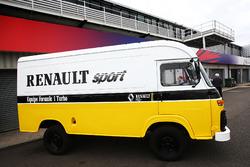 Renault Sport F1 Team F1 Historic, Transporter