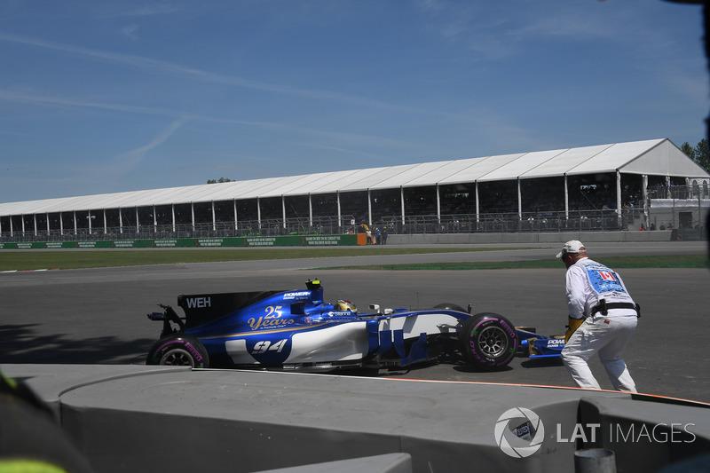 Crash: Pascal Wehrlein, Sauber C36