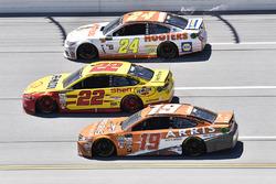 Chase Elliott, Hendrick Motorsports, Chevrolet; Joey Logano, Team Penske, Ford; Daniel Suarez, Joe Gibbs Racing, Toyota