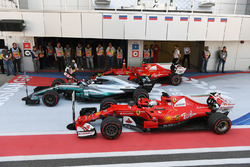 Race winner Valtteri Bottas, Mercedes AMG F1 W08, second place Sebastian Vettel, Ferrari SF70H and third place Kimi Raikkonen, Ferrari SF70H