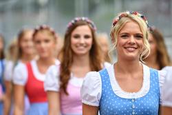 Temporada 2017 F1-austrian-gp-2017-grid-girls