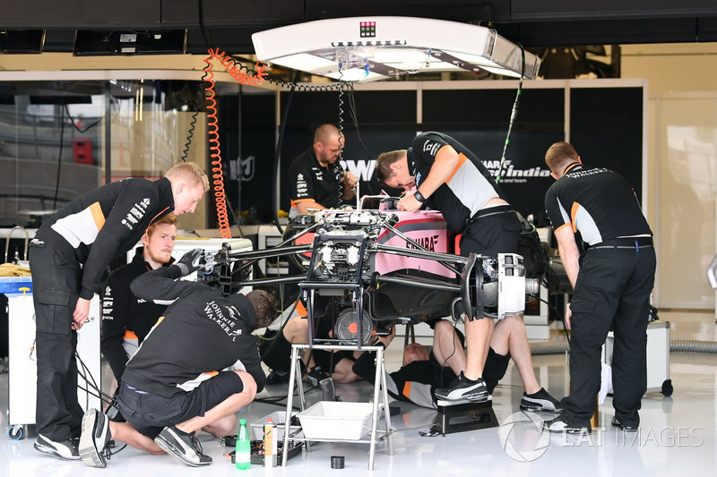 Sahara Force India VJM10 in the garage