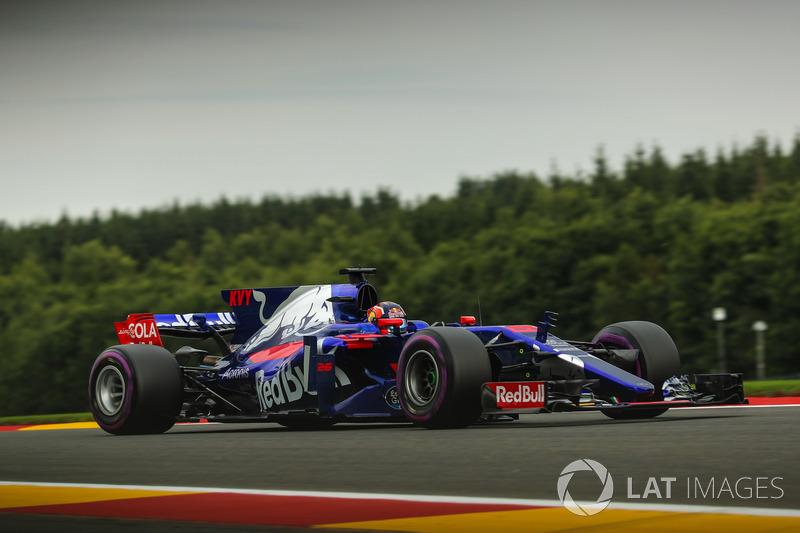 19: Daniil Kvyat, Scuderia Toro Rosso STR12